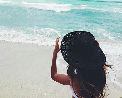 « Pour ne pas être déçu par les gens, il ne faut rien attendre d'eux. »
