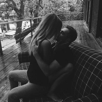 « Depuis quelques temps j'ai repris goût à l'amour, j'ai effacé mes peines, et retrouvé le sourire. »
