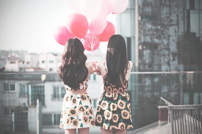 « Un des plus grands bonheurs de cette vie, c'est l'amitié ; et l'un des bonheurs de l'amitié, c'est d'avoir à qui à confier un secret. » Alessandro Manzoni