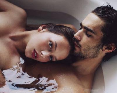 « Il est vrai que la présence de l'amour guérit bien des silences. » Louise Portal