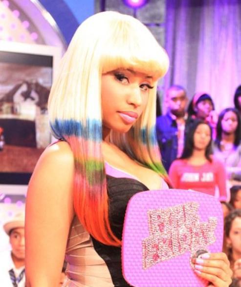 Biographie De Nicki Minaj...