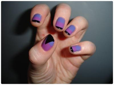 Nail art : Géométriquement violet
