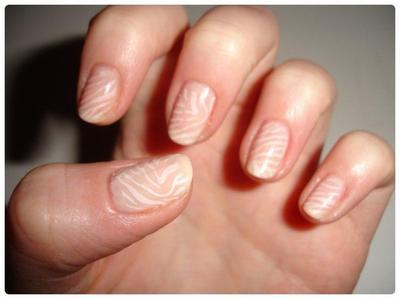 Nail art : Soyons discret...