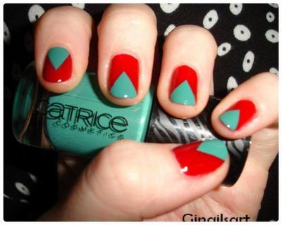 Nail art : Complémentaire et triangulaire