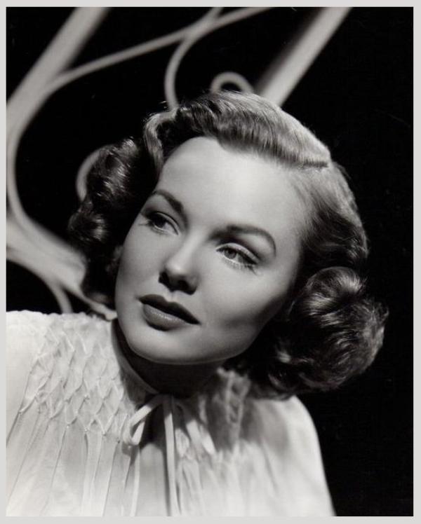 Wanda HENDRIX '40-50 (3 Novembre 1928 - 1er Février 1981)