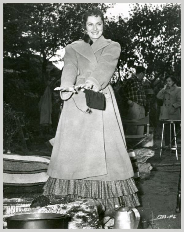 Viveca LINDFORS '40-50 (29 Décembre 1920 - 25 Octobre 1995)