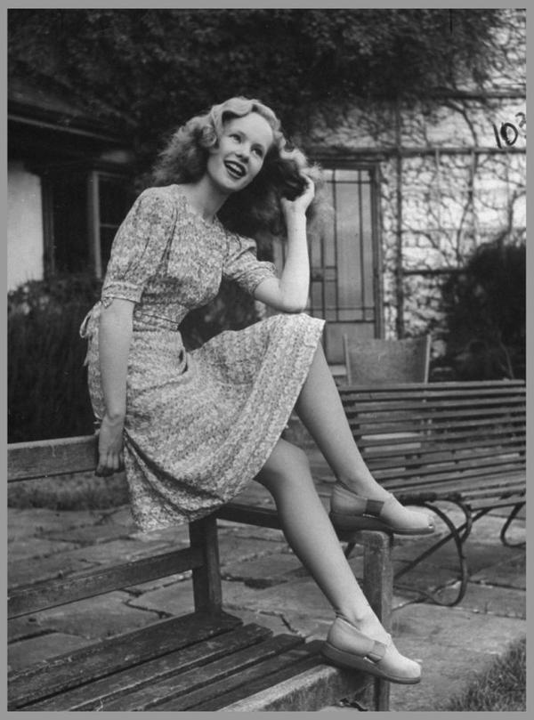 Peggy CUMMINS '40-50 (18 Décembre 1925)