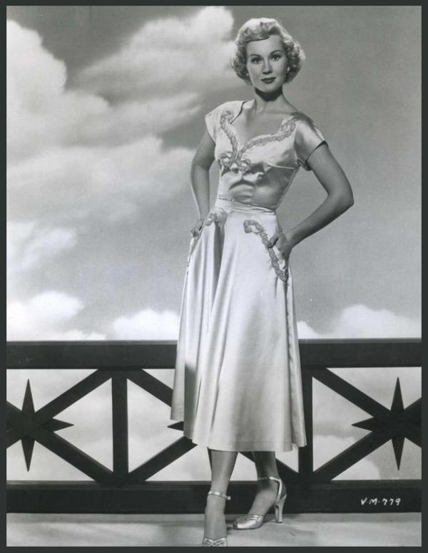 Virginia MAYO '40-50 (30 Novembre 1920 - 17 Janvier 2005)