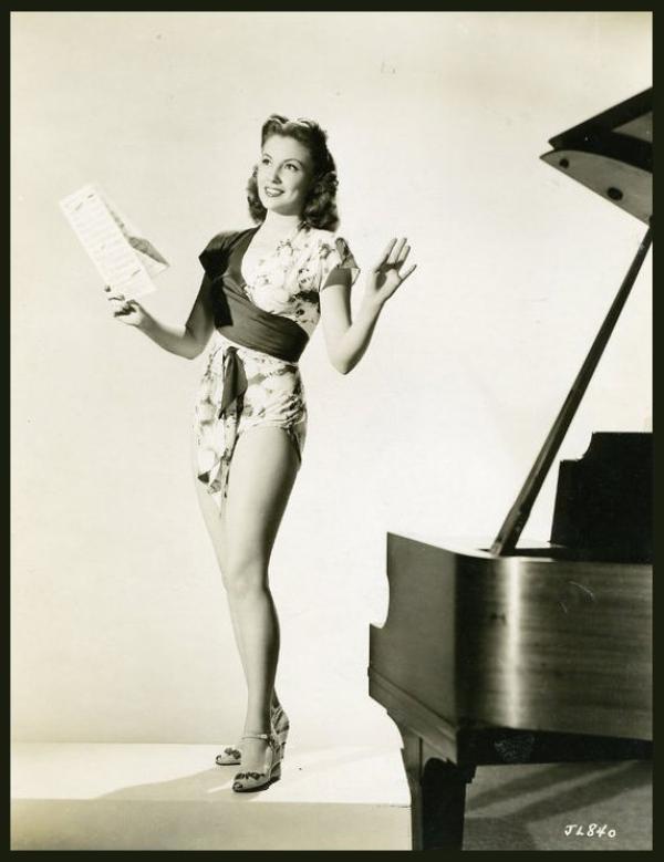Joan LESLIE '40-50 (26 Janvier 1925)