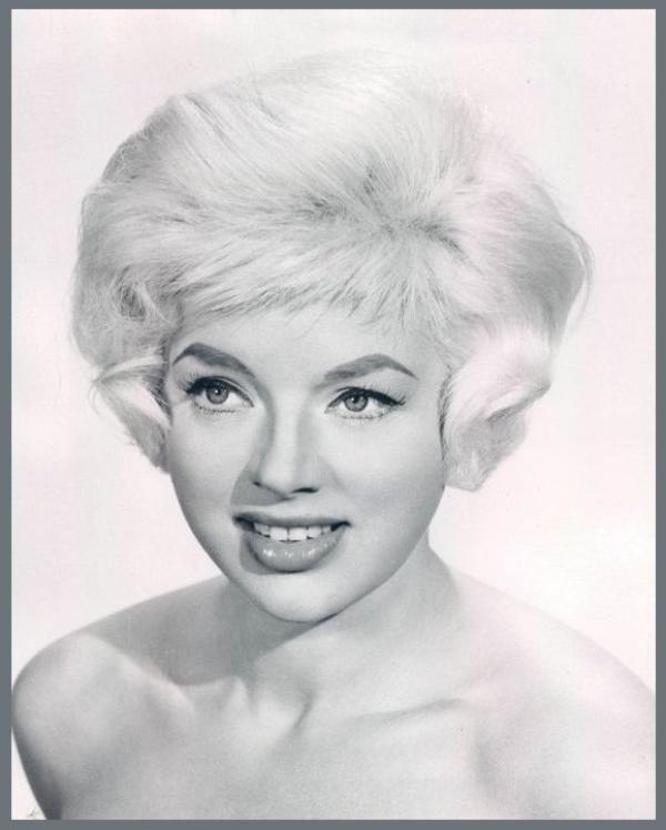 Diana DORS '50-60 (23 Octobre 1931 - 4 Mai 1984)