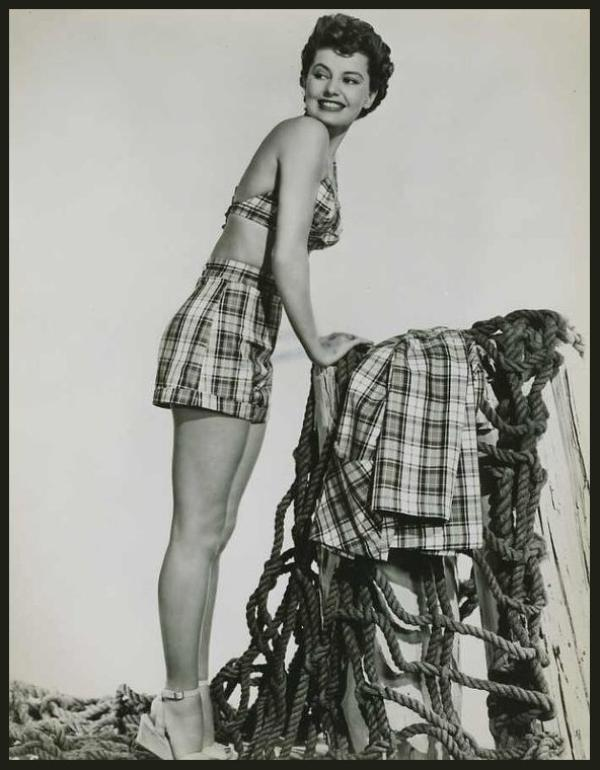 Cyd CHARISSE '50 (8 Mars 1921 - 17 Juin 2008)