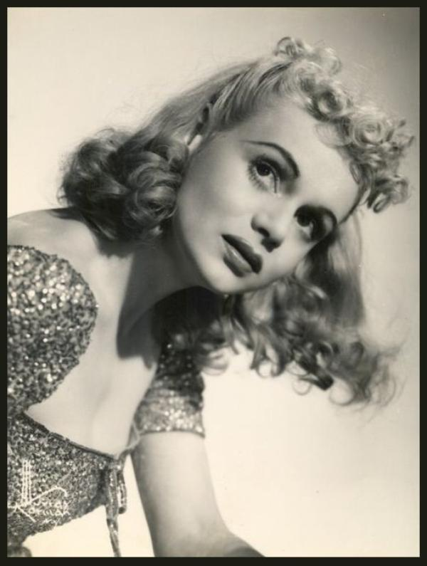 Marie WILSON '30-40-50 (19 Août 1916 - 23 Novembre 1972)
