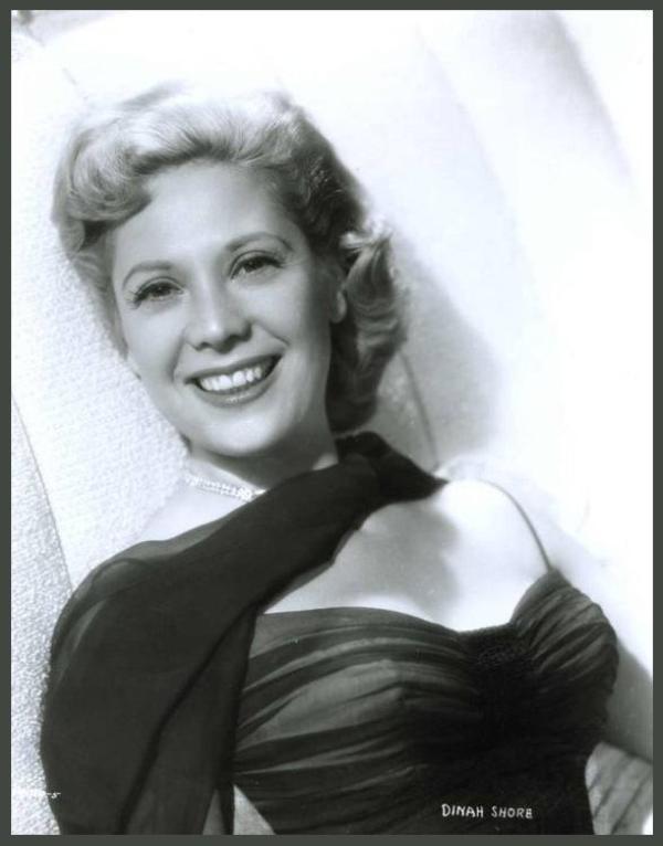 Dinah SHORE '40-50 (29 Février 1916 - 24 Février 1994)