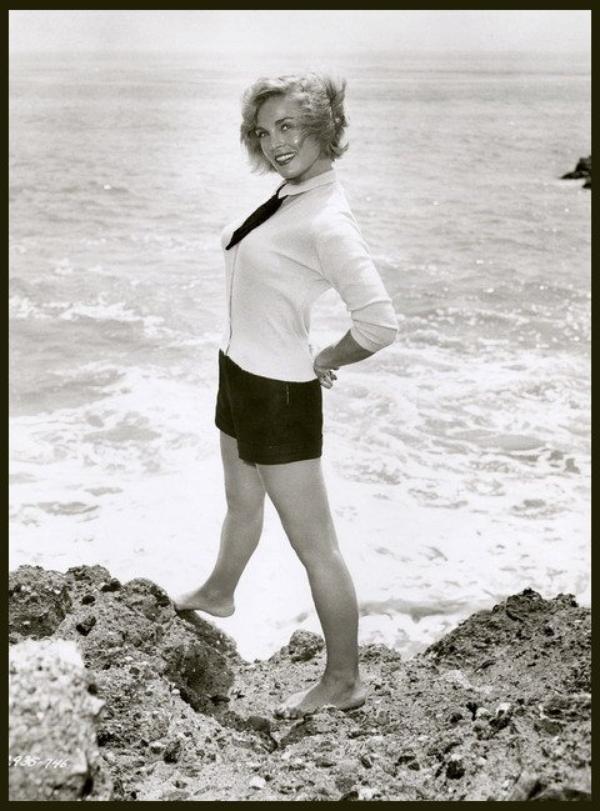 Lizabeth SCOTT '40-50 (29 Septembre 1922)