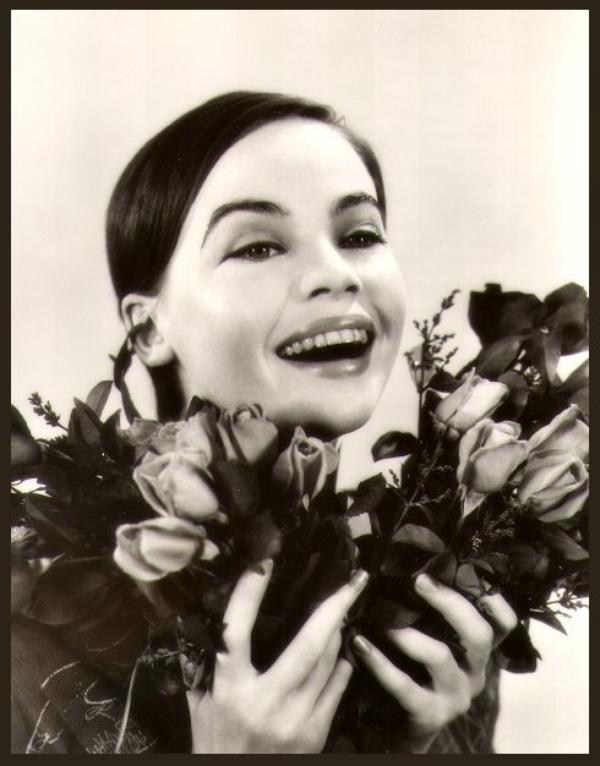 Leslie CARON '50 (1er Juillet 1931)