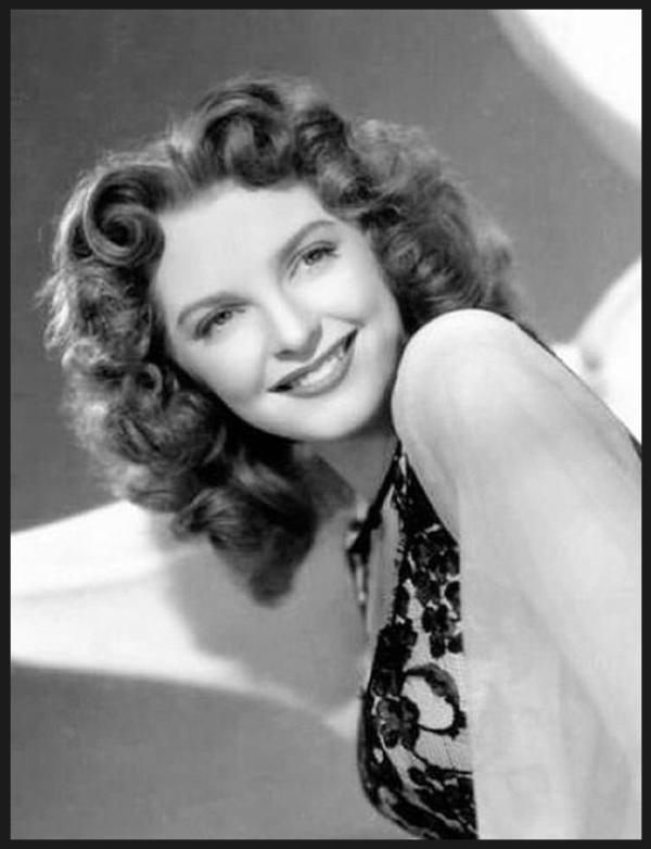 Julie LONDON '40-50-60 (26 Septembre 1926 - 18 Octobre 2000)