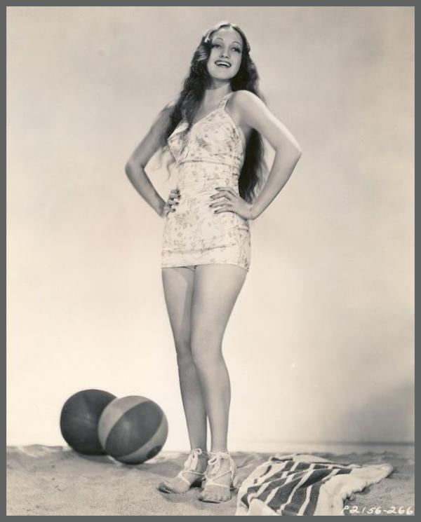 Dorothy LAMOUR '30-40 (10 Décembre 1914 - 22 Septembre 1996)