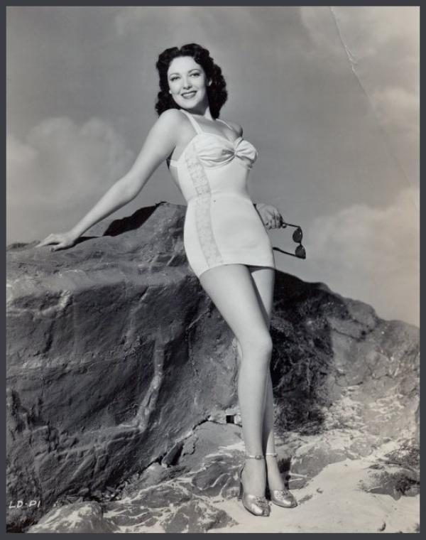 Linda DARNELL '30-40-50 (16 Octobre 1923 - 10 Avril 1965)