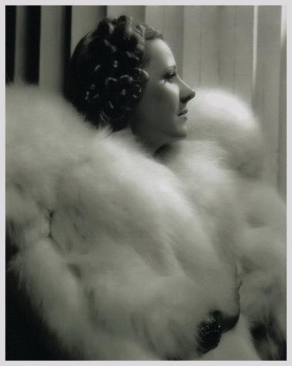 Irene DUNNE '30-40-50 (20 Décembre 1898 - 4 Septembre 1990)