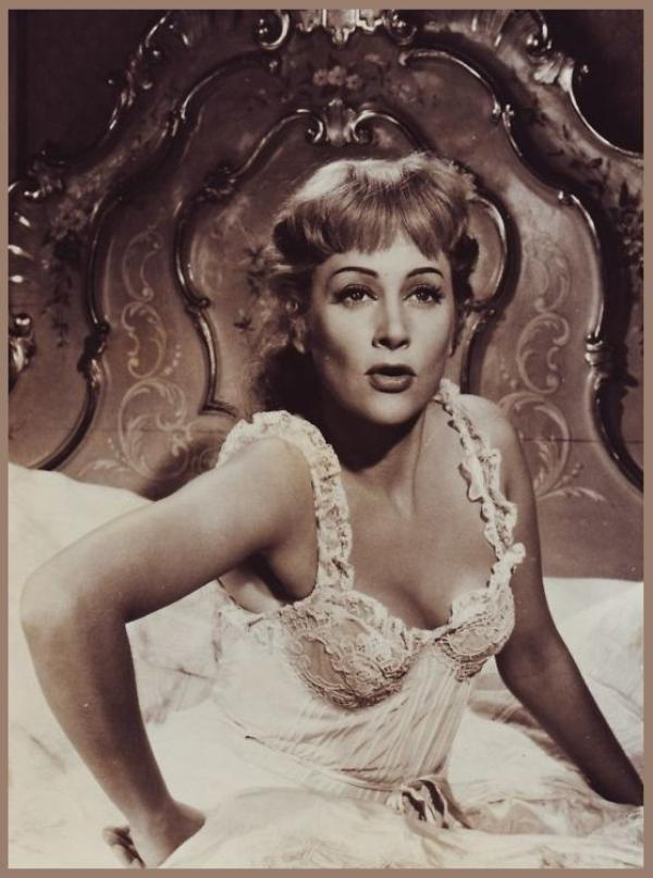 Martine CAROL '50 (16 Mars 1920 - 6 Février 1967)