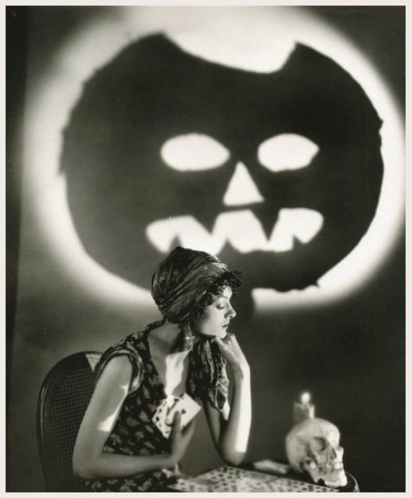 Myrna LOY '20-30-40 (2 Août 1905 - 14 Décembre 1993)