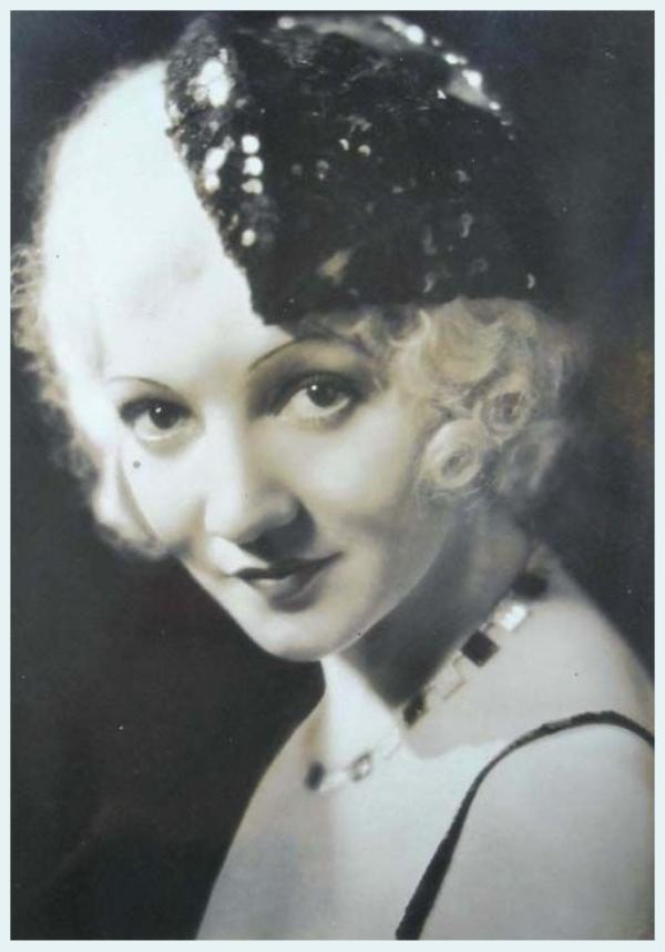 Claudette COLBERT '20-30-40 (13 Septembre 1903 - 30 Juillet 1996)