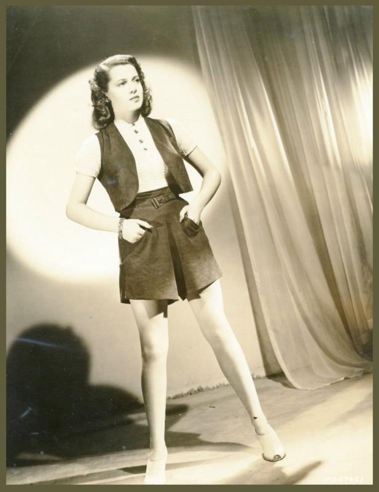 Lana TURNER '40-50 (8 Février 1921 - 29 Juin 1995)