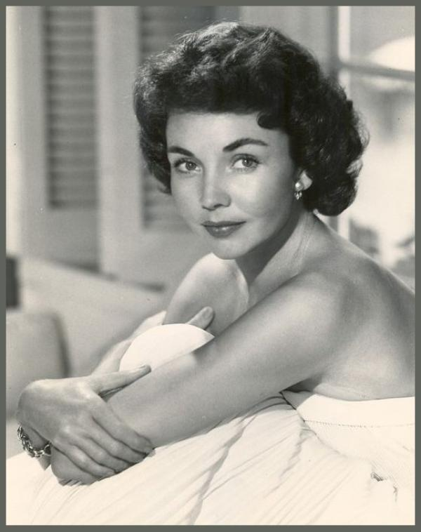 Jennifer JONES '40-50-60 (2 Mars 1919 - 17 Décembre 2009)