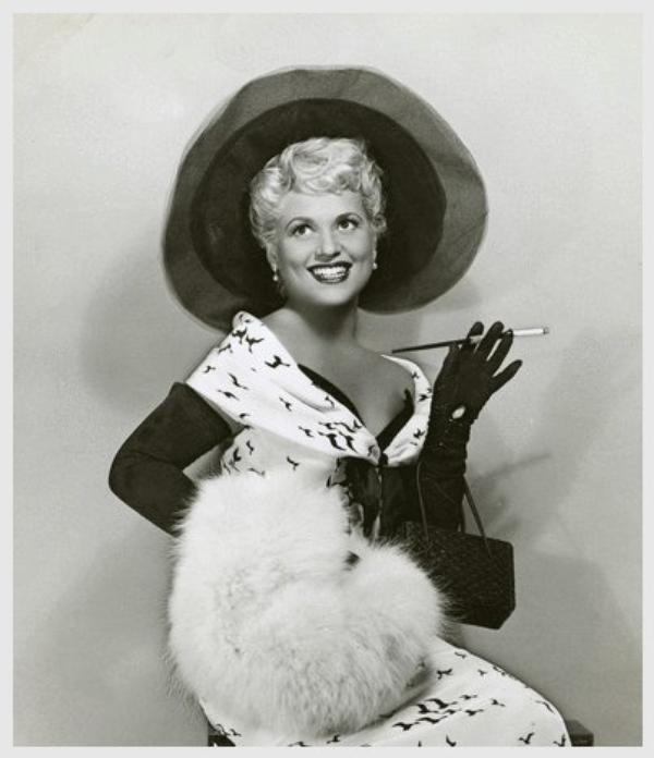 Judy HOLLIDAY '50 (21 Juin 1921 - 7 Juin 1965)