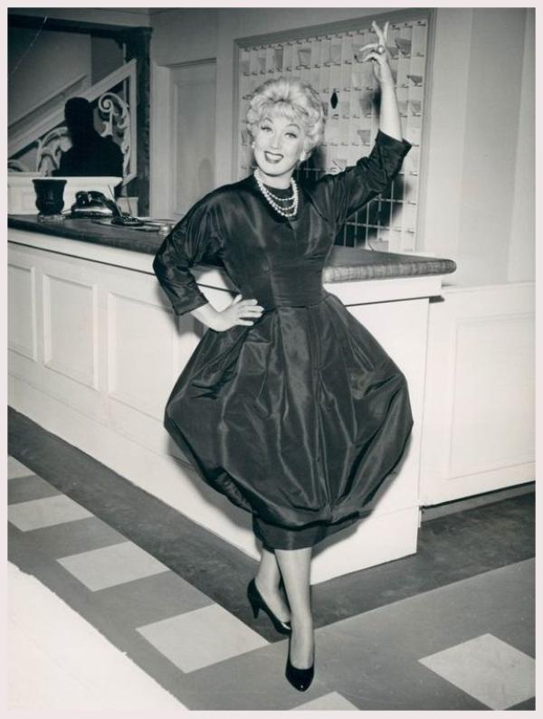 Ann SOTHERN '30-40-50-60 (22 Janvier 1909 - 15 Mars 2001)