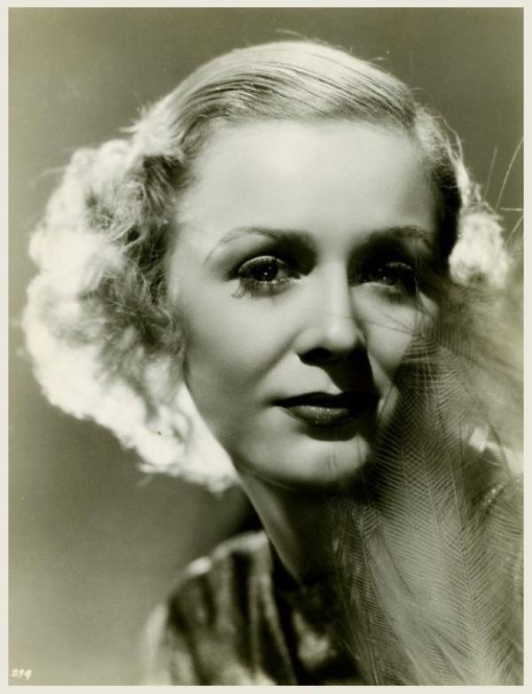 Gloria STUART '30 (4 Juillet 1910 - 26 Septembre 2010)