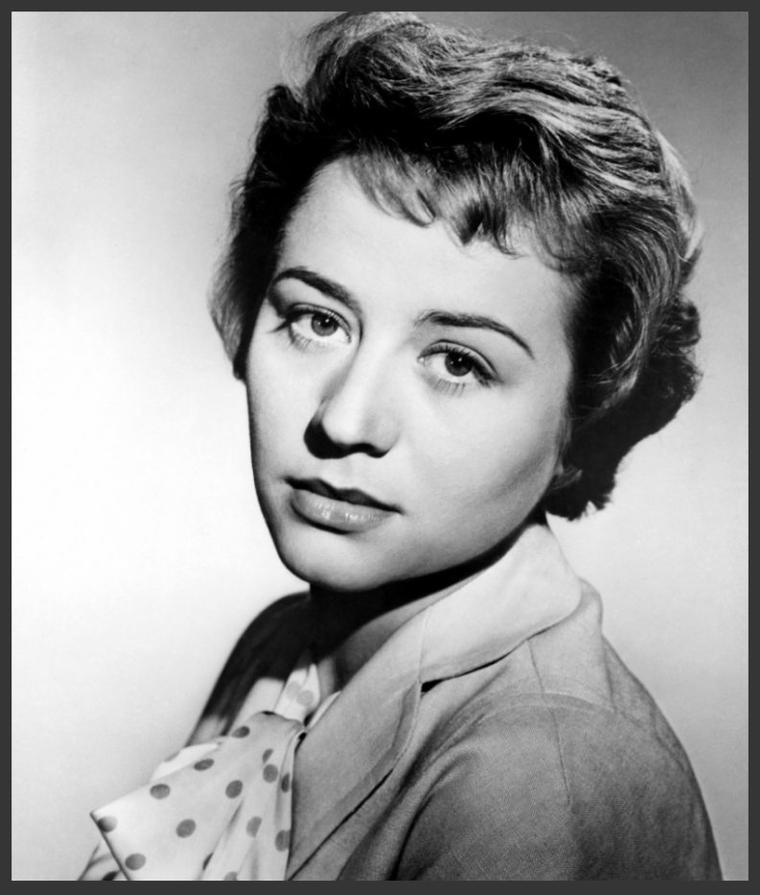 Annie GIRARDOT '50-60 (25 Octobre 1931 - 28 Février 2011)