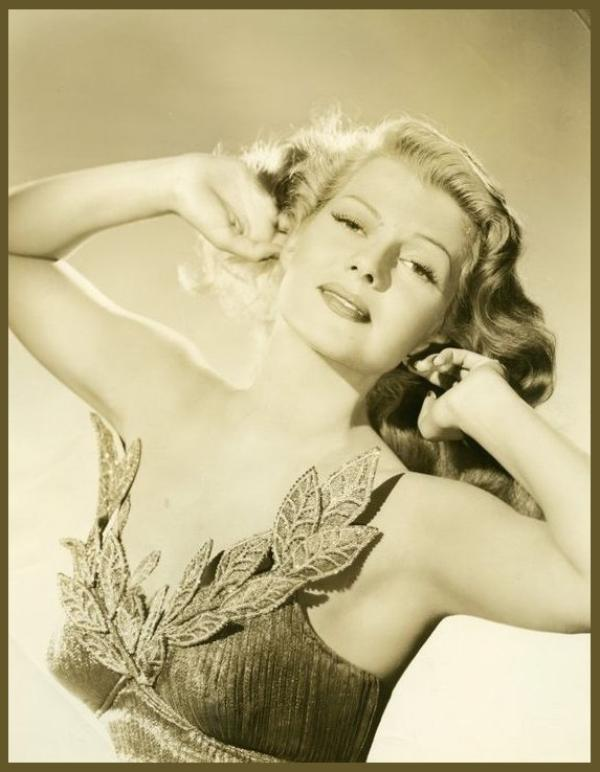 Rita HAYWORTH '40-50 (17 Octobre 1918 - 14 Mai 1987)