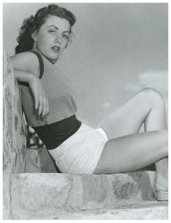 Faith DOMERGUE '40-50 (16 Juin 1924 - 4 Avril 1999)