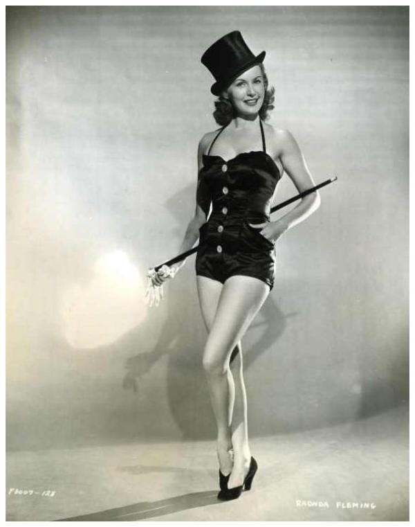 Rhonda FLEMING '40-50 (10 Août 1923)