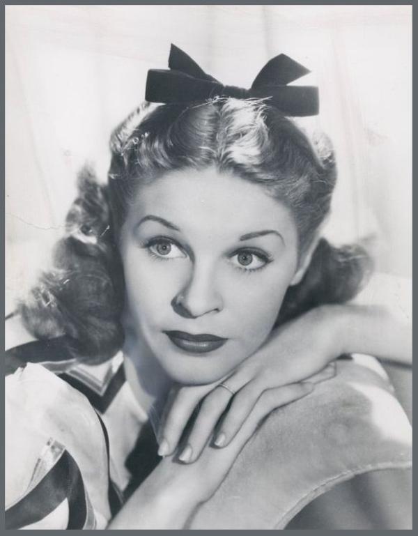 Martha RAYE '30-40-50 (27 Août 1916 - 19 Octobre 1994)