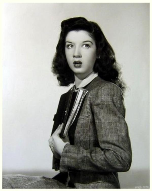 Peggy RYAN '30-40-50 (28 Août 1924 - 30 Octobre 2004)