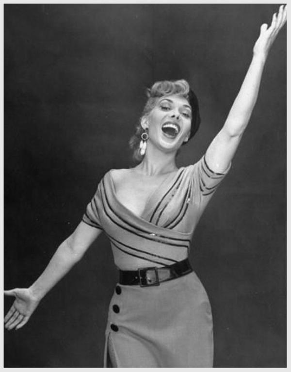 Dolores GRAY '40-50 ( 7 Juin 1924 - 26 Juin 2002)