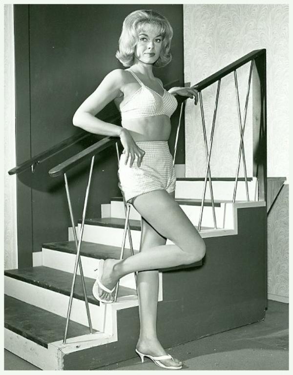 Leslie PARRISH '50-60 (13 Mars 1935)