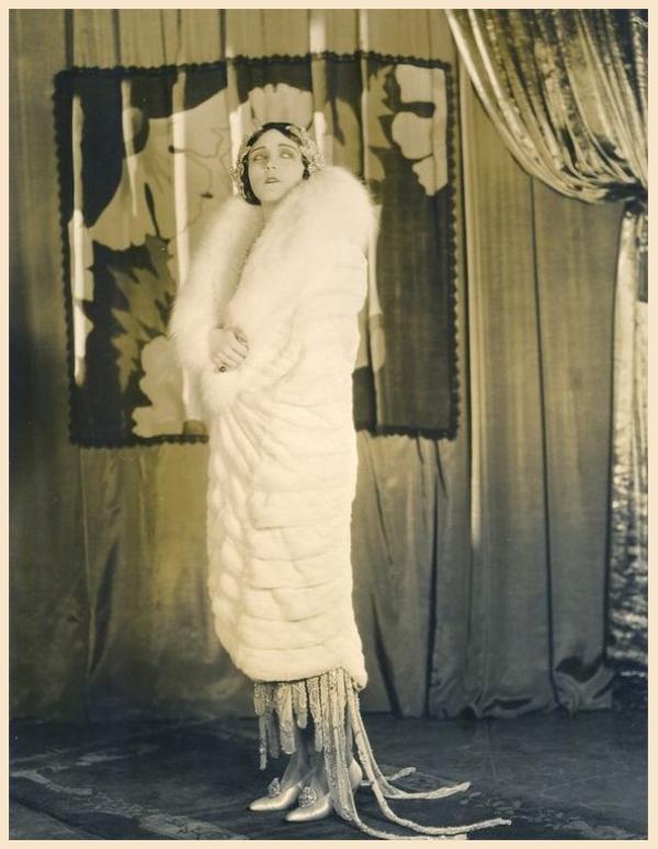 Pola NEGRI '20-30 (3 Janvier 1897 - 1er Août 1987)