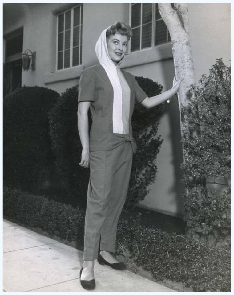 Lori NELSON '50-60 (15 Août 1933)