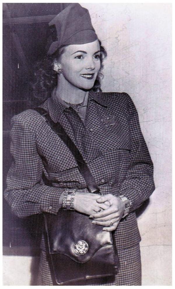 Madge MEREDITH '40-50 (15 Juillet 1921)