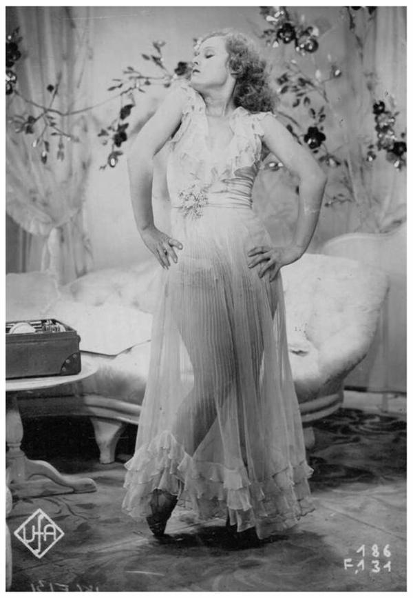 Lilian HARVEY '20-30 (19 Janvier 1906 - 27 Juillet 1968)