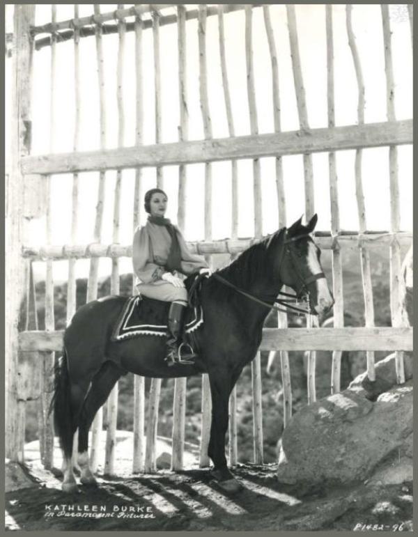 Kathleen BURKE '30 (5 Septembre 1913 - 9 Avril 1980)