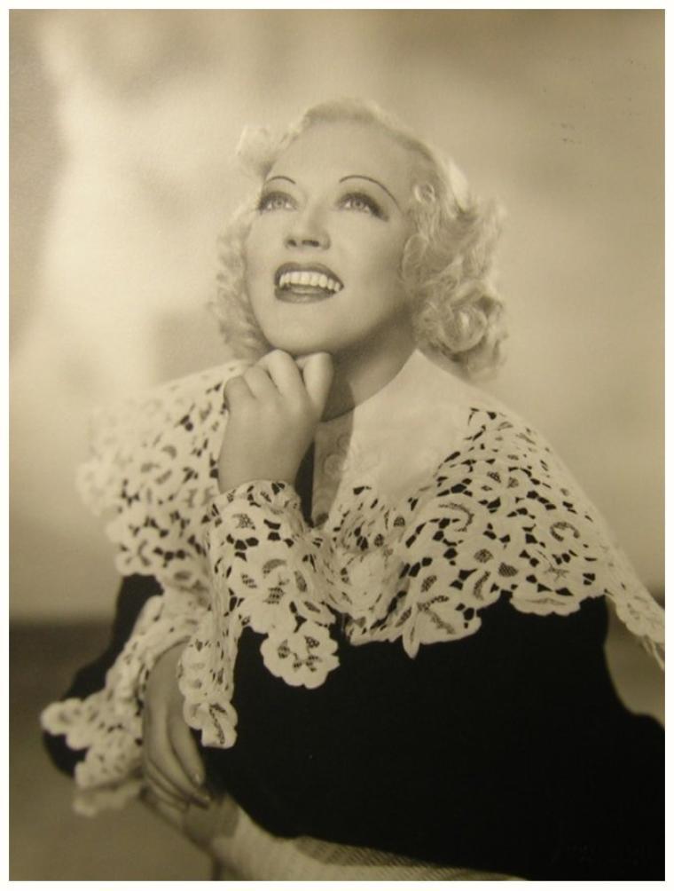 Marion DAVIES '20-30 (3 Janvier 1897 - 22 Septembre 1961)
