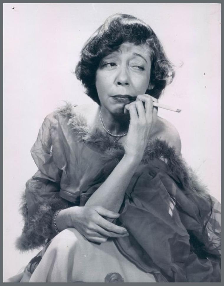 Imogene COCA '30-50-60 (18 Novembre 1908 - 2 Juin 2001)