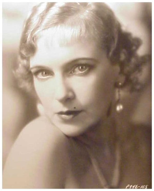 Olga BACLANOVA '20-30 (19 Août 1896 - 6 Septembre 1974)