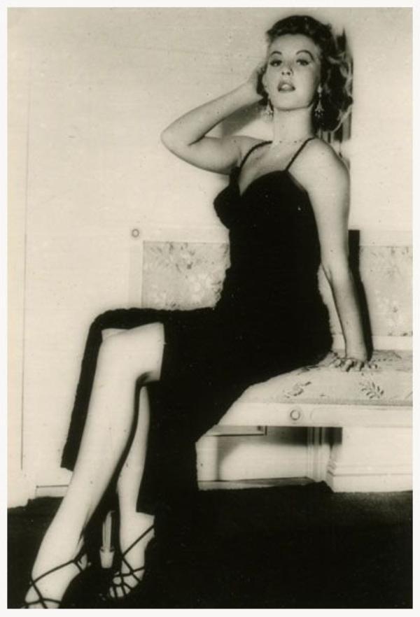 Barbara BATES '40-50 (6 Août 1925 - 18 Mars 1969)
