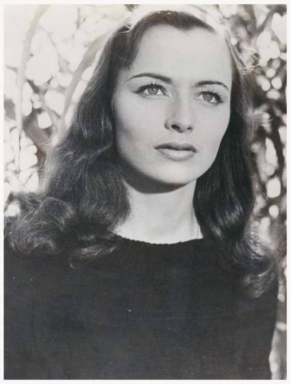 Marina BERTI '50 (29 Septembre 1924 - 29 Octobre 2002)