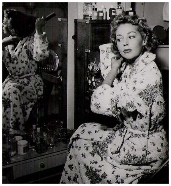 Anne VERNON '50 (9 Janvier 1924)
